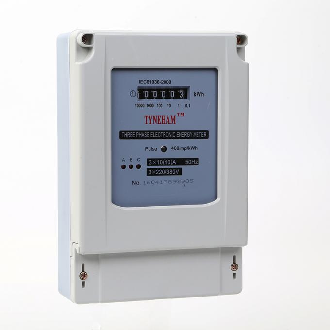 Plastic 4 Wire Three Phase KWH Meter With 5 Integer Plus 1 Decimal Digital Number