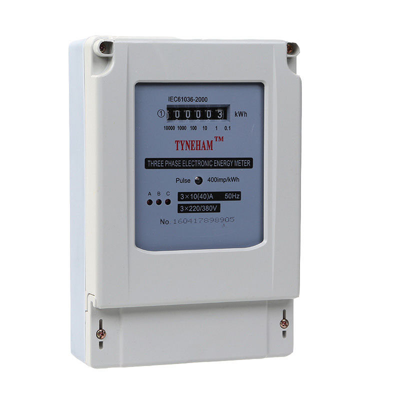 China Plastic 4 Wire Three Phase Kwh Meter With 5 Integer Plus 1 Decimal Digital Number
